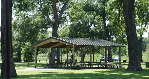 Parks and Rec Leonard Park Small Pavilion_thumb.jpg